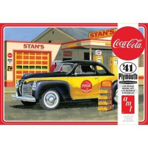R2AMT1197 AMT 1941 Plymouth Coupe (Coca-Cola) 1:25 Scale Model Kit