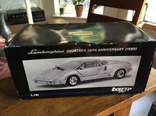 Ricko 1/18 Scale - 32141 Lamborghini Countach 25th Anniversary 1989 - Silver