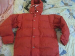 REI Hooded Expedition Goose Down Vintage Parka Puffer Jacket Coat USA Red