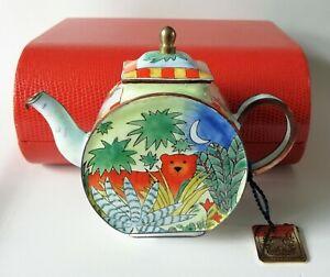 Charlotte di Vita Beatrix Tyger! Tyger Teapot - Trade Aid Teapot