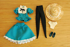 "Takara Tomy 12"" Blythe doll outfit from Very Vicky skirt top shoes hat tights"