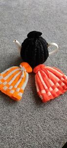 Handmade knitted tea cosy - Fits four mug round teapot, keeps your brew hot ♨️☕