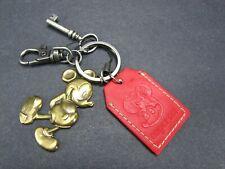 Vtg MICKEY MOUSE KEY Keychain Metal DISNEYLAND Disney BSS   POCKET Red TAIWAN