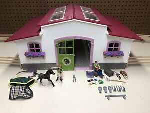 Schleich Horse Club Barn/Stable Play Set 42344 Incomplete
