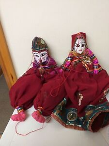 VINTAGE...UNUSUAL...PUPPETS...WOODEN...INDIAN STYLE...MAN AND WOMAN.....WOODEN