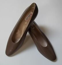 Talbots Pumps Brown Taupe Womens Shoes Size 10 N Italy (SL 152)