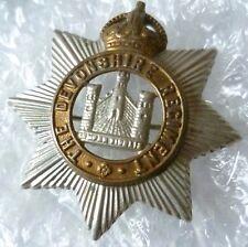 Badge- WW1 Devonshire Regiment BROOCH Badge KC (Bi-Metal, ORG*)
