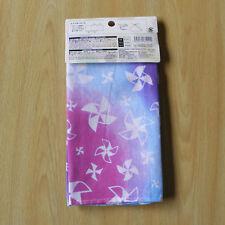 Japanese tenugui towel -- paper windmill and color circles / Le tenugui japonais