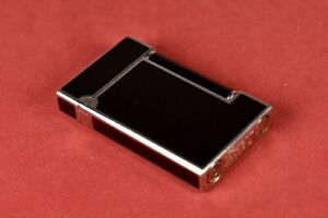 S.T. DUPONT Black Chinese Lacquer Palladium Trim Vintage Made in France LIGHTER