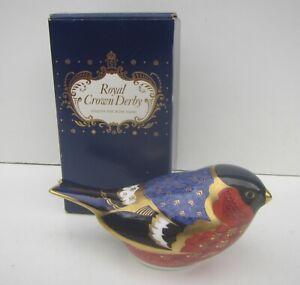 Royal Crown Derby Fine Bone China Bullfinch Bird Ornament / Paperweight