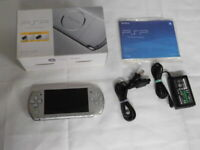 X1745 Sony PSP 3000 console Mistic Silver Handheld system Japan w/box battery