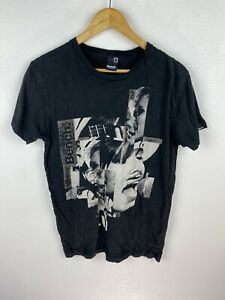 Bench Mens T Shirt Size Medium Crew Neck Graphics Print Black Adult Short Sleeve