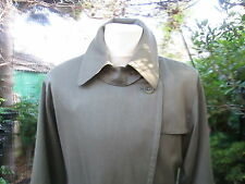 "38/40""BUST VINTAGE AQUASCUTUM TRENCH COAT RAINCOAT OVERCOAT REAR PL EAT"