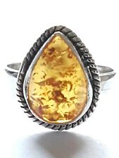 STUNNING STERLING SILVER AND AMBER CABACHON PEARDROP RING SIZE F