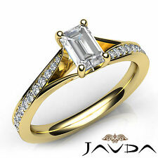 Shiny Emerald Diamond Pave Set Engagement Ring GIA E VVS2 18k Yellow Gold 1.06Ct