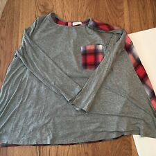 JJ S Fairyland Women's s Top Size M Gray with Red Plaid Flannel