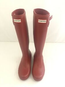 HUNTER Women's Matte Waterproof  Rain BOOTS Original Tall - RED Size 7M/8F