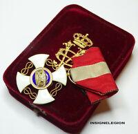 L'ordre de la Couronne d'Italie, en or, chevalier avec boite d'origine