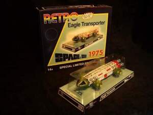 Space 1999 Retrospective 1975 Eagle Transporter Die Cast Model Limited 500