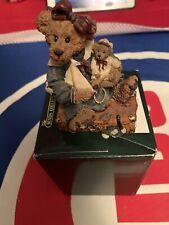 Boyds Bears Bearstone Collection, #2000 Bailey Bear W/Suitcase