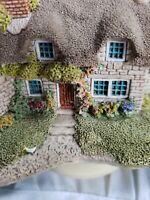 Vintage 1992 Lilliput Lane Derwent Le Dale Cottage English Collection