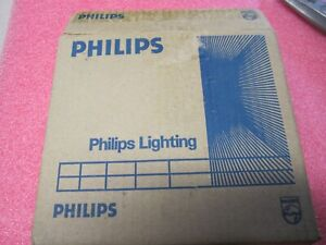 Lot of 9 PHILIPS PL-C 13W/27 13W FLUORESCENT LAMP G24D-1 BASE, Made in Holland