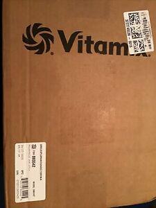 Vitamix Explorian 64oz. Countertop Blender - BLACK VM0197