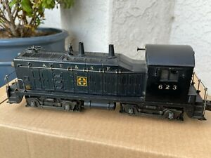 Lionel O Gauge 623 A.T.&S.F. Santa Fe Diesel Switcher Black  NICE!