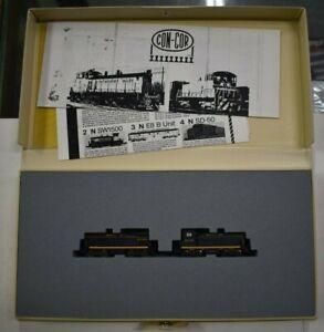 Lot 9-305 * N Scale Con-Cor Cow/Calf Diesel Switcher Set, Santa Fe, Runs w/box