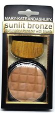 NEW Mary-Kate and Ashley Illuminating Bronzer w/Brush Sunlit Bronze Powder #603