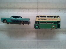1 VOITURE DINKY TOYS MECCANO  PLYMOUTH BELVEDERE 1 BUS DINKY TOYS