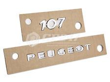 2 x Peugeot 107 Emblem Wappen Embleme Neu Original Hinten Chrom Selbstklebend