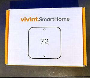 Vivint Element SmartHome Thermostat  V-SCT200  (UNOPENED-complete Set Up)