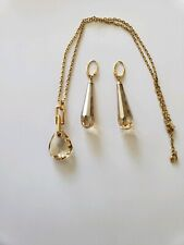 AUTHENTIC Swarovski Retired Jewelry Set- Earrings and Pendant.