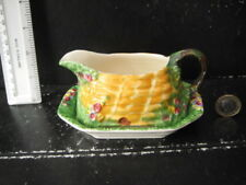 RARE VINTAGE ROYAL WINTON GRIMWADES BEEHIVE HONEY POT SAUCE GRAVY BOAT AND BASE