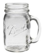Krüge und Kannen aus Glas
