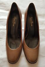 Gucci shoes -Roger Perrin Paris for Gucci- olive brown patent heels size 38.5C