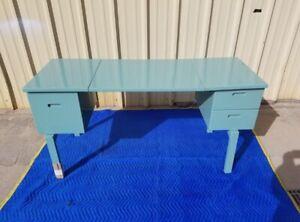 WW 2 Folding Campaign desk Aluminum