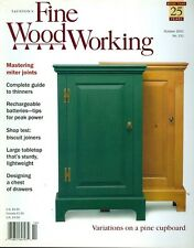 2001 Fine Woodworking Magazine: Colonial Cupboard/Miter Joints/Thinners/Biscuit