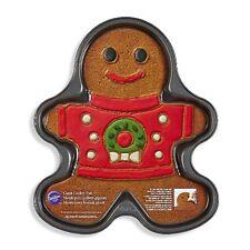 "WILTON Gingerbread Man Boy Giant Cookie Pan 14"" Christmas Sweater Wreath New"