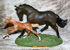 TRAIL OF PAINTED PONIES Born to Run ~ Low 1E/0259 ~ Thoroughbred Mother & Foal