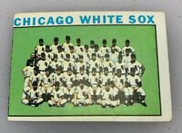 1964 Topps # 496 Chicago White Sox Team Baseball Card Miscut
