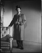 Photo originale Gérard Philipe Monsieur Ripois haut de forme René Clément