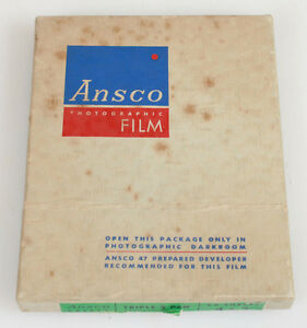VINTAGE ANSCO TRIPLE S PAN 4 X 5 NEGATIVE BOX.