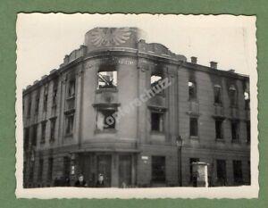 Original Foto Tarnow/Polen 1939/40, Post nach dem Brand mit Zivilbevölkerung