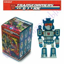 Kidrobot Transformers vs GI Joe Vinyl Mini Series Figure Soundwave 1/24
