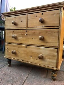 Old Vintage Solid Pine Chest of Drawers .. Poss Local Delivery Available!