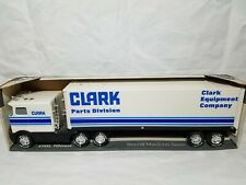 Bobcat Clark Parts Sound Semi Trailer - Nylint #9126-Z - 1:32 Scale Model NIB