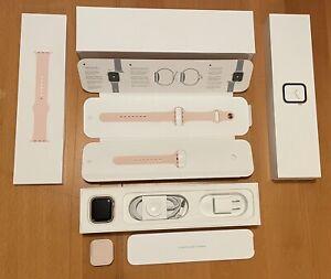 Apple Watch Series 4 - 40 mm Gold Aluminum Case w/ Pink Sand Sport Band (GPS)