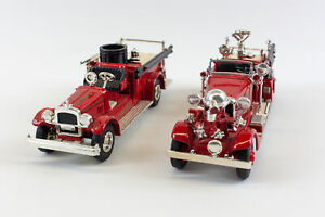 Ertl: 1926 Seagrave & 1937 Ahrens-Fox 1:32 Diecast Firetruck Banks - Lot Of 2